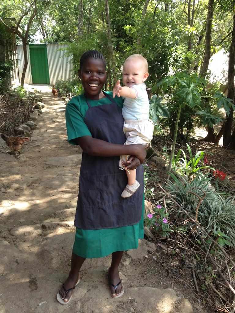 Mary, noch in Ausbildung zur Krankenschwester, soll das Dispensary mal leiten